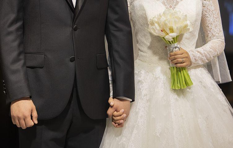 1) 4 Плюса свадьбы за границей.